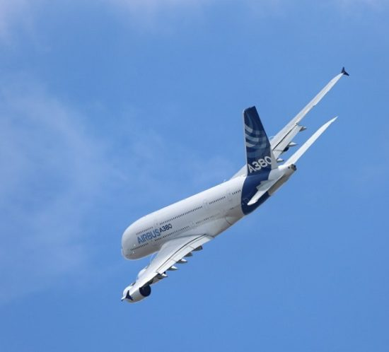 aircraft_airbus_a380_flight