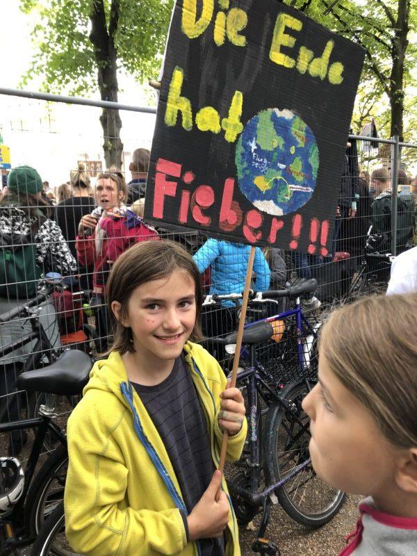 Clara beim Klimastreik