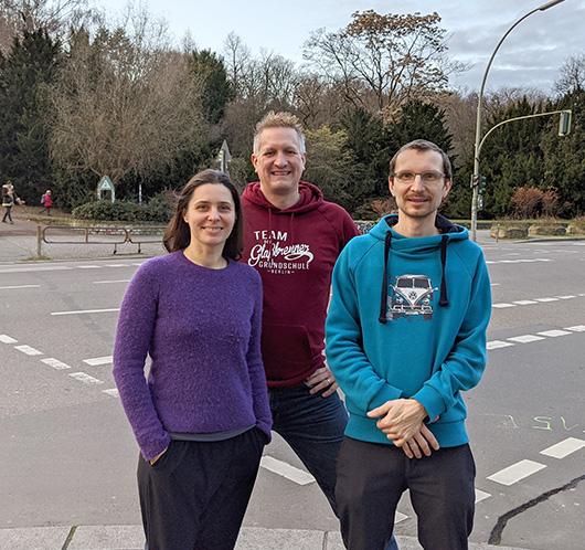 Vorstand des Fördervereins Adolf-Glaßbrenner - Jens, Kamila und Vinzenz