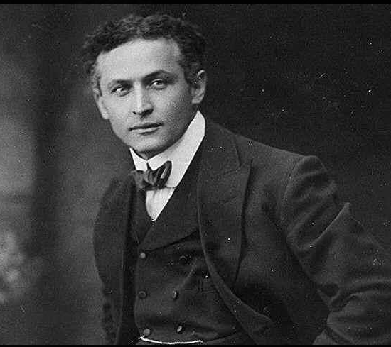 Harry Houdini-Quelle: Wikipedia