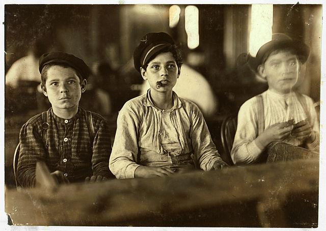 Zigarrenfabrik, Florida, 1909 - Lewis Hine, Library of Congress